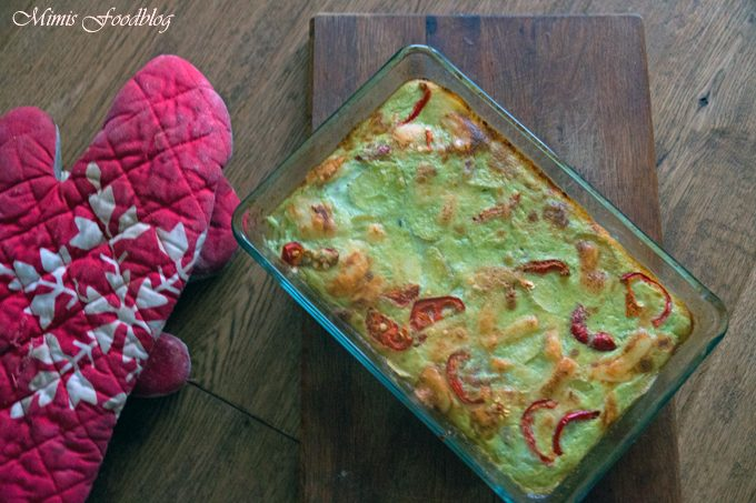 Hellgrüner Frühlingszwiebel-Kartoffelauflauf