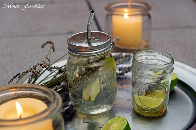 Frischer Limetten-Lavendel-Honig Tee