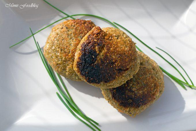 Chili-Feta-Dinkelbratlinge mit Haferflocken