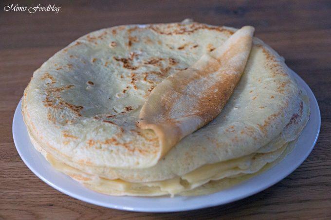 Schwäbische Flädle (Pfannenkuchen)