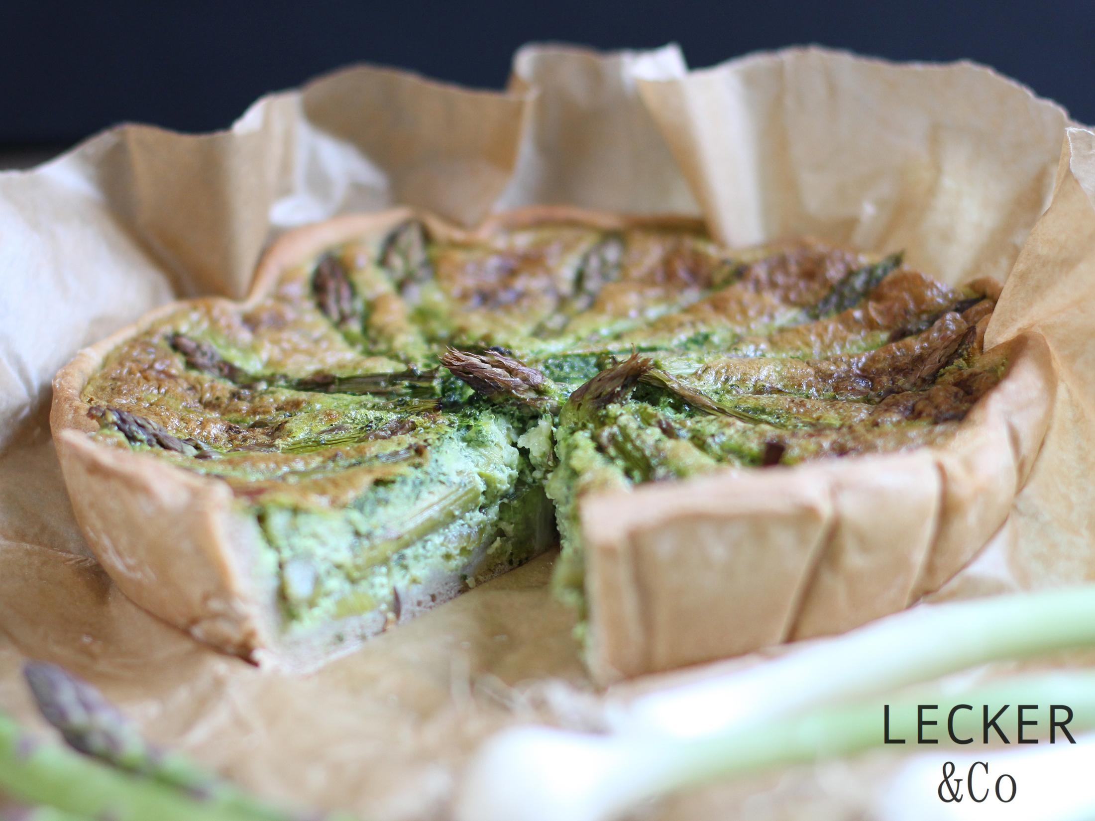 {Gastbeitrag von Lecker&Co} Bärlauch-Spargel-Quiche im Brotteig - Mimis Foodblog