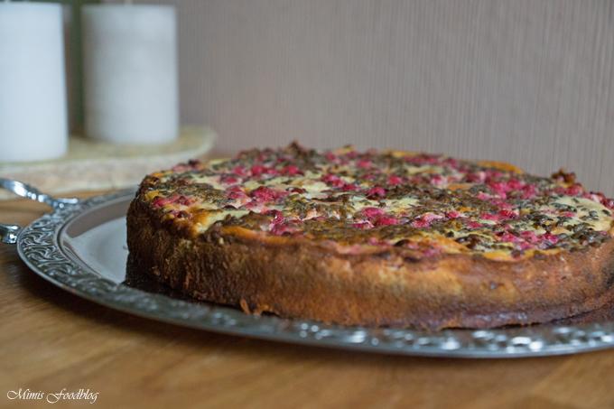 Vollkorn-Aprikosentorte mit Johannisbeeren und Lavendel - Mimis Foodblog