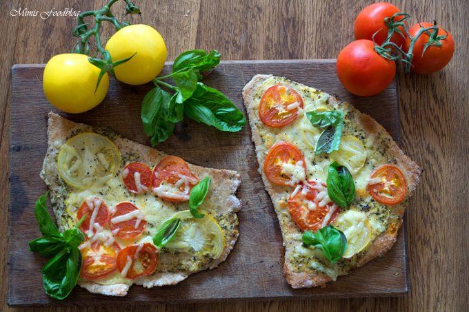 Tomatenfladen mit Roggenmehl