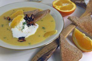 Orangen Kürbis Süppchen mit karamellisierten Mandeln 8