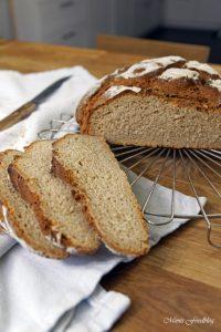 Roggen Joghurt Brot 1
