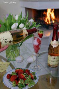 Etikettengestaltung Sag's mit Rotkäppchen von Herzen Erdbeersorbet von Mimis Foodblog 8