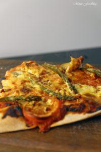 Grüne Spargelpizza mit Dinkelboden 2