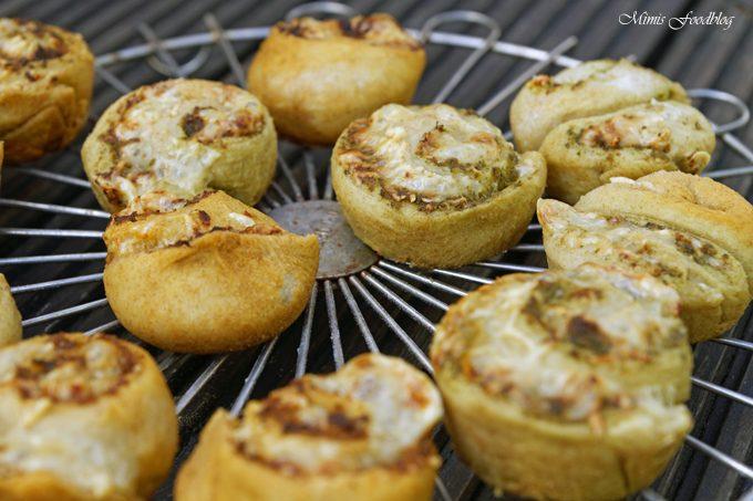 Dinkel-Pesto-Schnecken ~ die kleinen Snacks zum Grillen