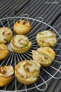 Dinkel Pesto Schnecken die kleinen Snacks zum Grillen 5