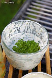 Linsensalat mit Karotten Erbsen und einer Joghurt Kräuter Sauce Linsen die wiederentdeckte Hausmannskost 3