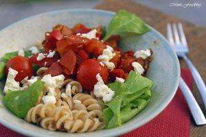 Paprika Tomaten Nudeln mit Babyspinat 3