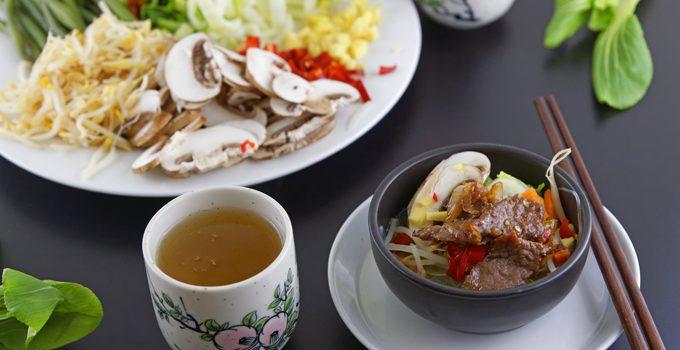 Rindfleisch mit Glasnudeln ein leckeres asiatisches Bowl Rezept 8