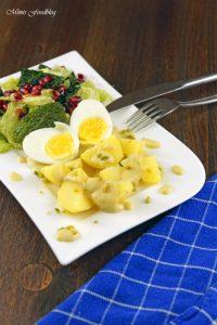Eier in Senfsoße Der Klassiker neu interpretiert mit Pistazien Wirsing und Granatapfel 2