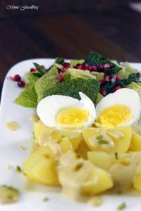 Eier in Senfsoße Der Klassiker neu interpretiert mit Pistazien Wirsing und Granatapfel 5