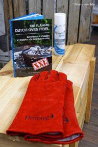Gewinne Mimis Foodblog Bloggeburtstag Kürbis Marzipan Mandel Kuchen aus dem Dutch Oven 19