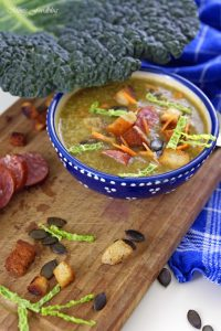 Leichte Wirsingsuppe mit Kürbiskernen und Weißwein eine geschmeidige Suppe zum Bloggeburtstag von Geschmeidige Köstlichkeiten 5