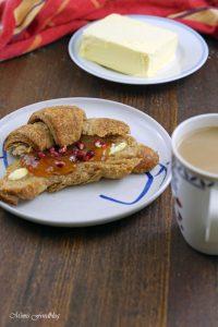 Selbst gemachte Croissants aus Vollkornmehl lasst uns gemütlich brunchen vollwertig und lecker 2