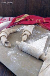 Selbst gemachte Croissants aus Vollkornmehl lasst uns gemütlich brunchen vollwertig und lecker 7