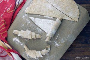 Selbst gemachte Croissants aus Vollkornmehl lasst uns gemütlich brunchen vollwertig und lecker 8