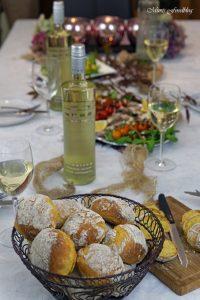Vitello Tonnato mit Pilzen und Kürbisbrötchen Lecker in den Herbst mit BREE Wein 2