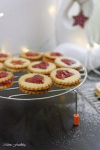 Gefüllte Linzer Plätzchen aus Dinkelmehl die buttrig zarten Klassiker im Advent 2