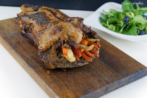 Mit Maronen und bunten Möhren gefüllte Rinderbrust Kreative Grillrezepte im Winter mit Campingaz 9
