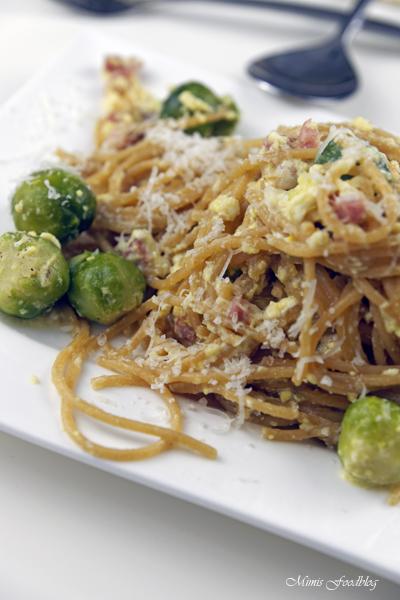 Vollkorn Spaghetti Carbonara mit Rosenkohl herbstlich rustikales Pastaglück 6