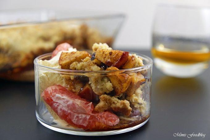 Apple Crumble mit Rum ~ ein Soulfood-Dessert mit feinstem Gekrümel
