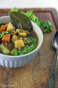 Grünkerneintopf mit Mangold und Karotten eine deftiger Gemüseeintopf 1