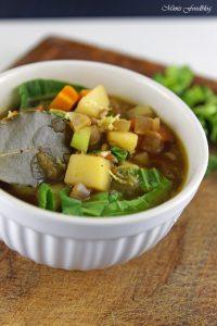 Grünkerneintopf mit Mangold und Karotten eine deftiger Gemüseeintopf 3