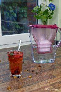 Anzeige Fruchtiger Erdbeer Minz Tee Gewinnspiel Heißes gegen Hitze mit den BRITA Tischwasserfiltern 7