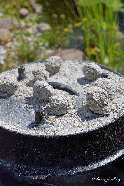 Schichtfleisch mit selbstgemachter BBQ Sauce der Klassiker aus dem Dutch Oven 5