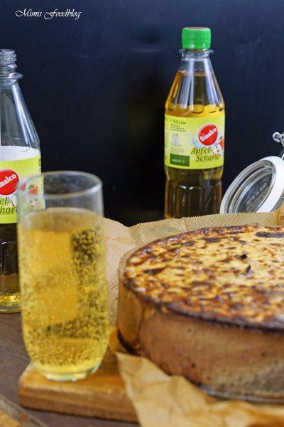 Anzeige Zwiebelkuchen mit Buchweizen Roggenboden dazu die vegane Erfrischung Sinalco 5