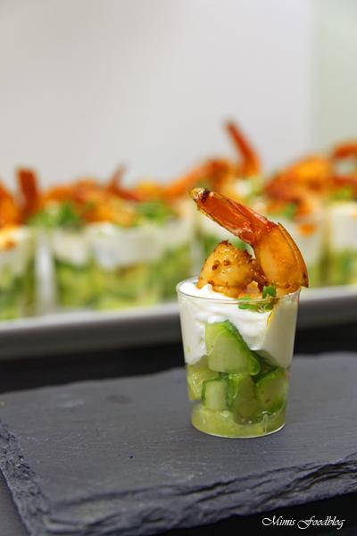 Amuse Gueule mit Avocado und Shrimps der perfekte Sart für ein geselliges Menü 2