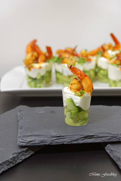 Amuse Gueule mit Avocado und Shrimps der perfekte Sart für ein geselliges Menü 3