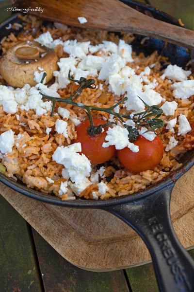 Rote Reispfanne mit Schafskäse mediterranes schnelles Resteessen 6