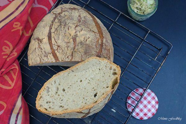 Französisches Landbrot ~ ein Sauerteigbrot mit Weizenmehl