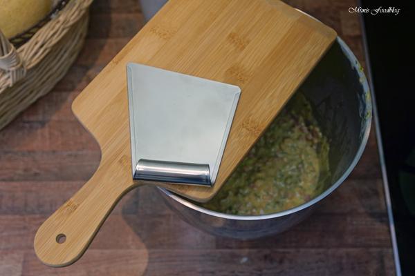 Schwaebische Wurstspaetzle klassische Hausmannskost als Suppe oder zu Salat 5